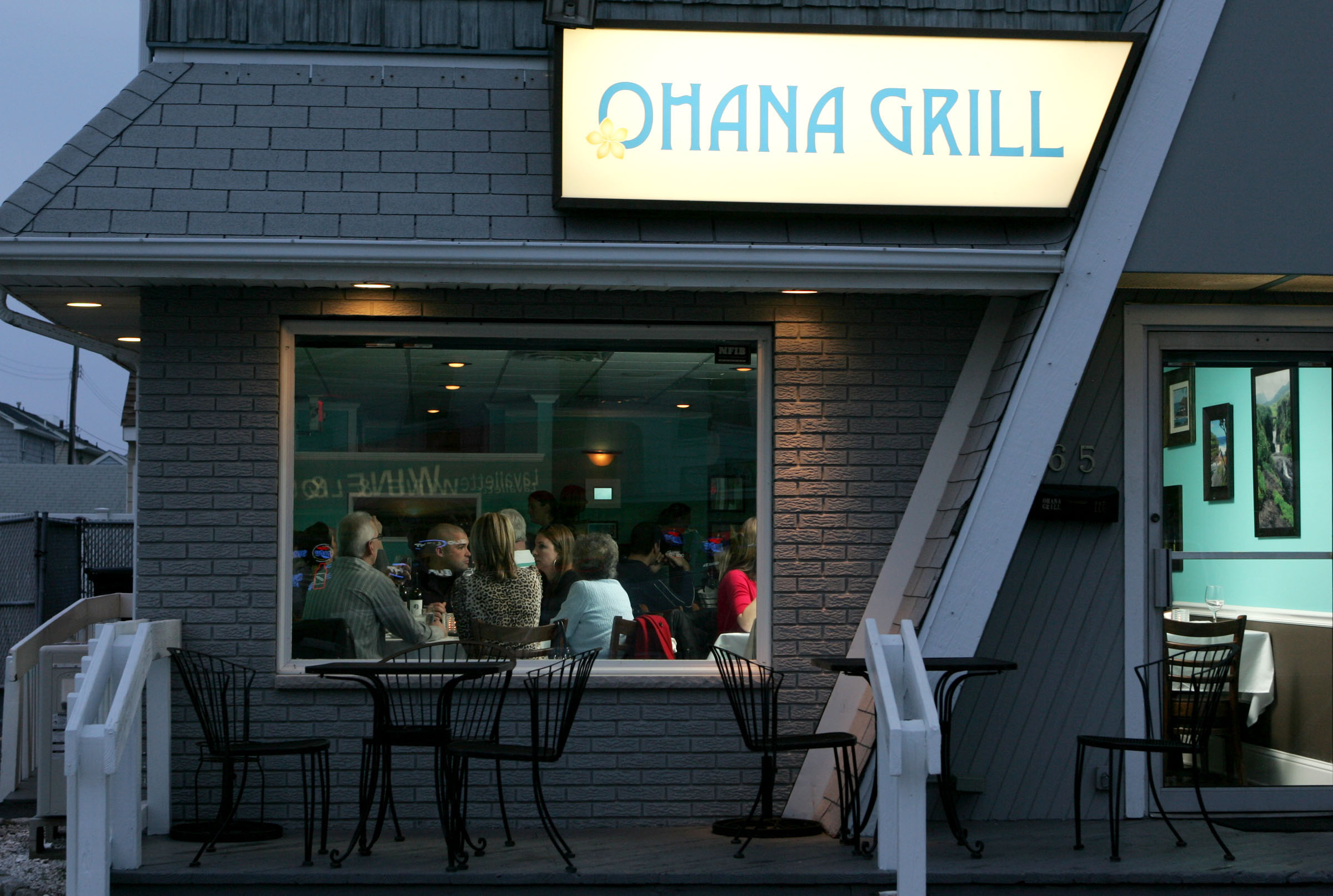Exterior of The Ohana Grill in Lavallete on opening night, April 8, 2011.  PHOTO BY THOMAS P. COSTELLO